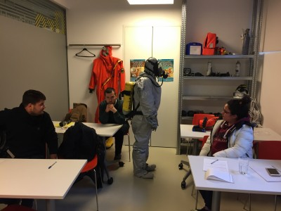 USING BREATHING APPARATUS WITH LIGHT CHEMICAL SUIT 3